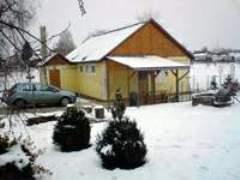 Kisfalu Vendégház Baktüttös