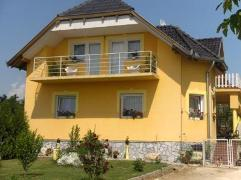 Beni Haus Balatongy�r�k