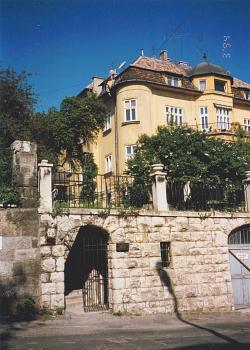 Kalm�r Panzi� Budapest