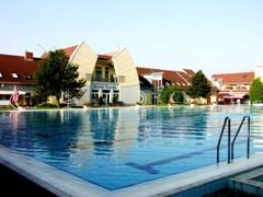 Hotel Forrás Komárom