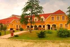 Gastland M0 Hotel  Étterem  Konferenciaközpont Szigetszentmiklós