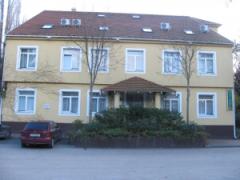 Hotel Arnold Tata