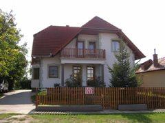 Cs�ka Apartman Balaton�sz�d